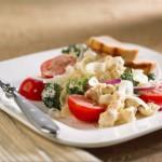 Crunchy cauliflower salad