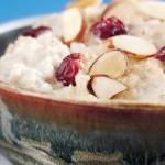 Oatmeal Porridge with Almonds and Cherries