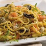 Easy Seafood Linguine