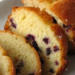 Cake with blueberries and lemon
