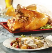 TURKEY STUFFED WITH CRANBERRIES AND MAPLE SYRUP