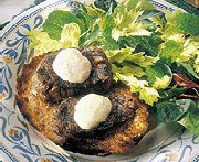 Beef Tenderloin on Crusty Garlic Bread