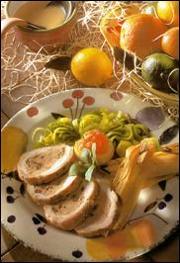 Longe de porc farcie aux pruneaux et aux carottes